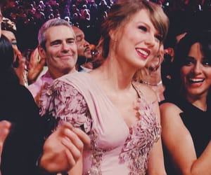 smile, taylorswift, and love image