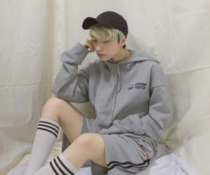 aesthetic, alternative, and androgynous image