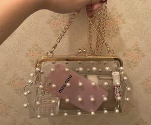 bag and pearls image
