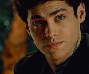 gif, matthew daddario, and handsome image