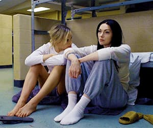 oitnb, piper chapman, and orange is the new black image