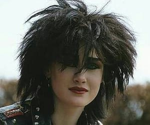 goth, 80's, and gothic girl image