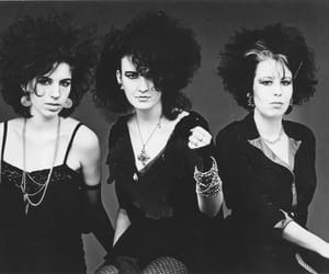 80's, trad goth, and goth image