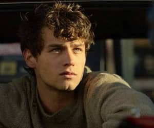 13 reasons why, brandon flynn, and justin image