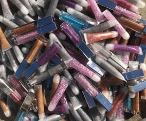 lipgloss, sparkles, and ♡ drizzy gang ♡ image