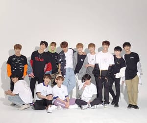 Seventeen, dino, and jun image