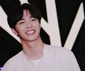 bias, idol producer, and chen linong image