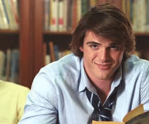 the kissing booth, noah flynn, and actor image