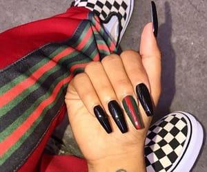 nails and gucci image