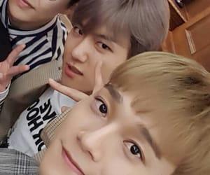 Chen, exo, and byun baekhyun image