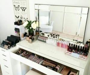 makeup, goals, and room image