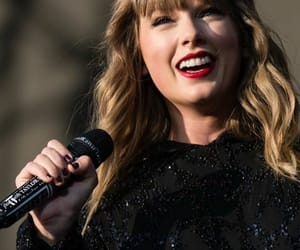 black, song, and Reputation image
