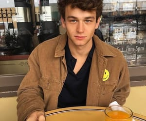 boy, brandon flynn, and 13 reasons why image