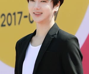 art, his smile, and SJ image