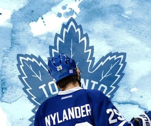 hockey, toronto maple leafs, and Ice Hockey image