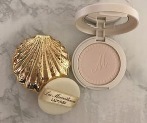 makeup, gold, and blush image