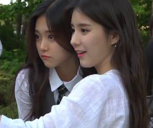 kpop, korean, and heejin image