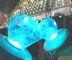 Jonghyun, lightstick, and minho image