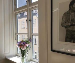 paris and spring image