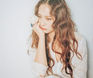 aesthetic, beauty, and krystal image