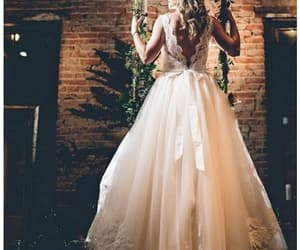 dress, mode, and wedding dentelle image