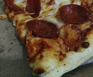food, pizza, and me gusta image