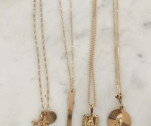 fashion, gold chain, and jewelry image