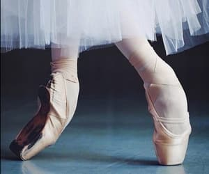 ballet, danse, and point shoes image
