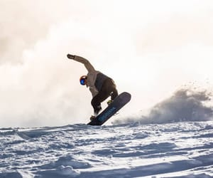 best freestyle skis and best kids snowboard image