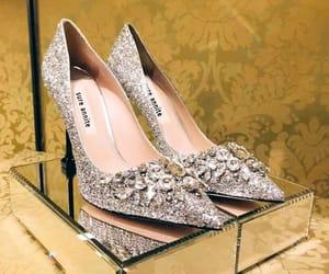 glitter, wedding shoes, and rhinestone image