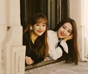 sooyoung, yves, and loona image