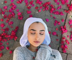 flowers, muslim, and photoshoot image