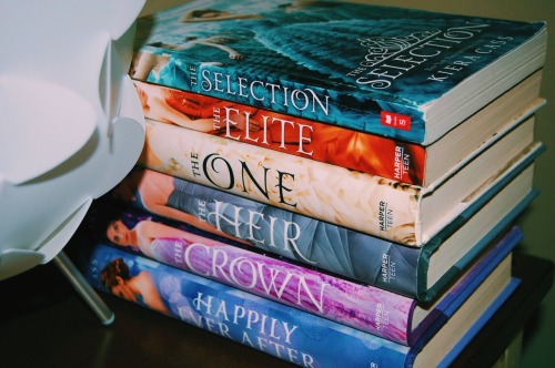 The Selection | Kiera Cass books on We Heart It