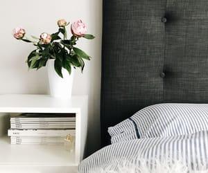 bedroom, chloe, and flowers image