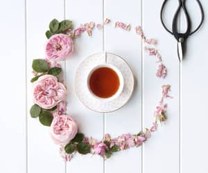 flowers, pink rose, and flatlay image