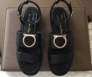 ferragamo women sandals image