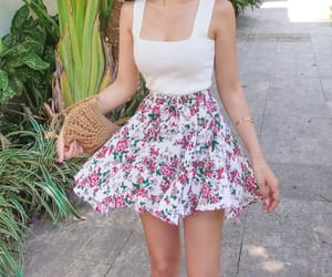 asian fashion, 유행, and skirt pants image
