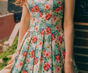 blumen, kleid, and flower image