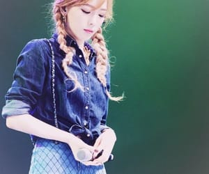 korea, taeyeon, and kpop image