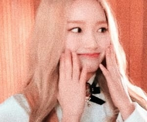 icon, soft, and loona image