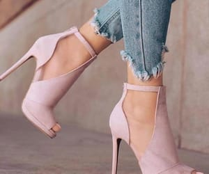 chaussure, heels, and pink image