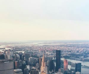city, beakground, and wallpaper image