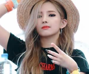soyeon, idle, and kpop image