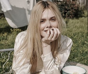 aesthetic, alternative, and Elle Fanning image