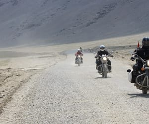 bike trip to leh ladakh and leh to leh bike trip image