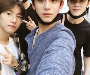 boys, lucas, and 런준 image