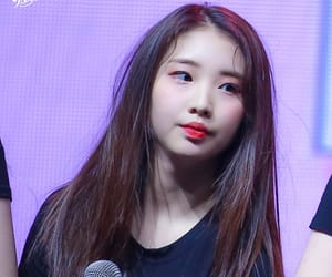 kpop, yeojin, and loona image
