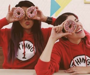 donuts and friendship image