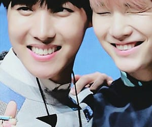 kpop, smile, and jhope image