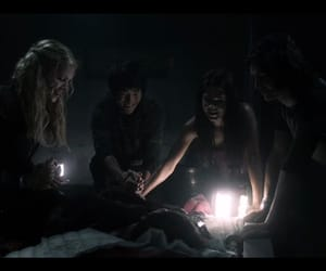 marie avgeropoulos, clarke griffin, and octavia blake image